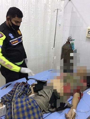 Personil Unit Laka Lantas Polres Samosir melakukan olah TKP di RSU Hadrianus Sinaga