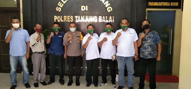 Wakapolres Tanjungbalai bersama fungsionaris SMSI Astabar