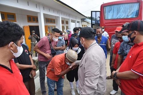 Bupati Zahir saat kunjungi imigran Rohingnya