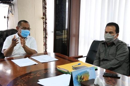 Walikota Medan saat memberikan penjelasan vaksinasi perdana